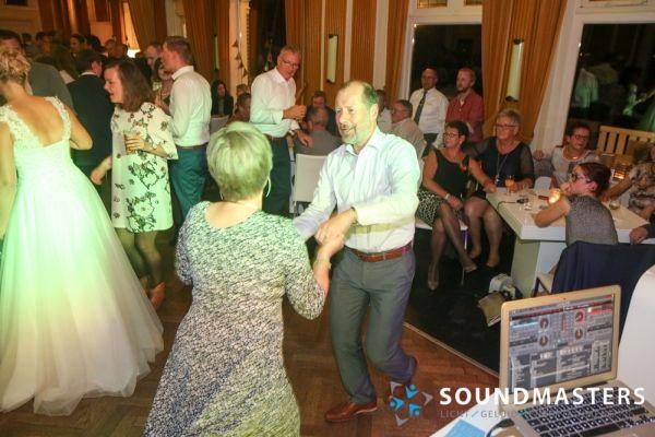 Esther & Rudolf - www.soundmasters.nl (75 van 182)