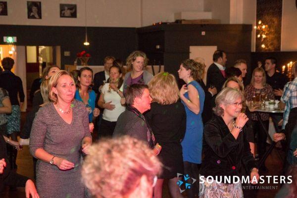 Joke & Jasmijn - www.soundmasters.nl-107