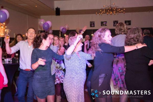 Joke & Jasmijn - www.soundmasters.nl-113