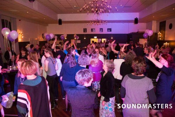 Joke & Jasmijn - www.soundmasters.nl-12