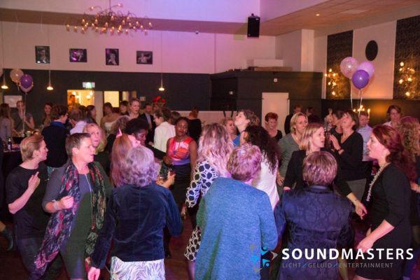 Joke & Jasmijn - www.soundmasters.nl-16