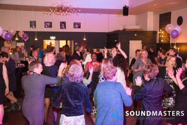 Joke & Jasmijn - www.soundmasters.nl-17