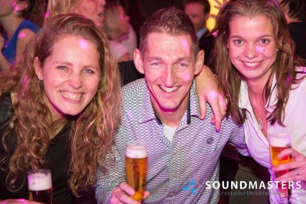 Joke & Jasmijn - www.soundmasters.nl-23