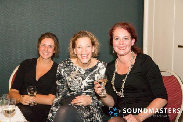 Joke & Jasmijn - www.soundmasters.nl-24