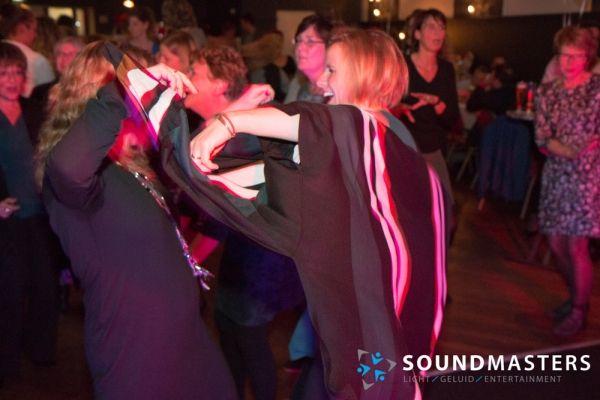 Joke & Jasmijn - www.soundmasters.nl-28