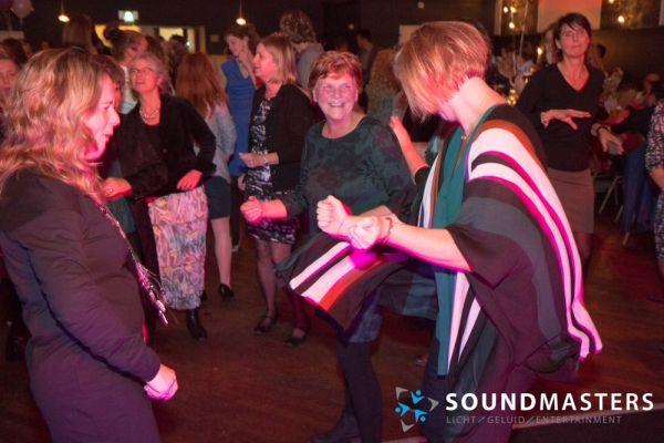 Joke & Jasmijn - www.soundmasters.nl-29