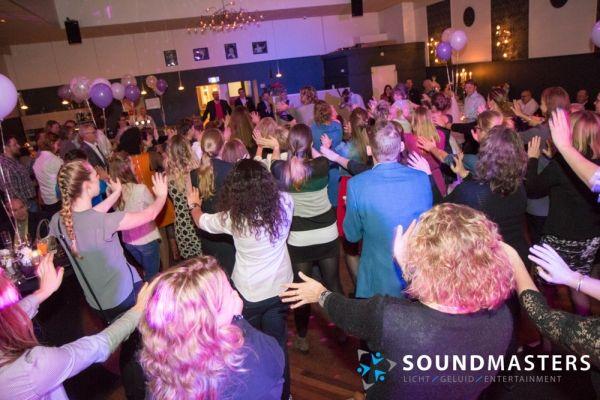 Joke & Jasmijn - www.soundmasters.nl-3