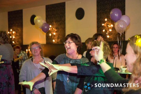 Joke & Jasmijn - www.soundmasters.nl-35