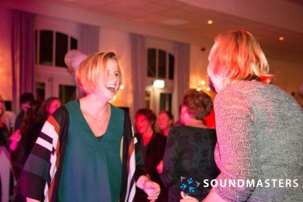 Joke & Jasmijn - www.soundmasters.nl-38