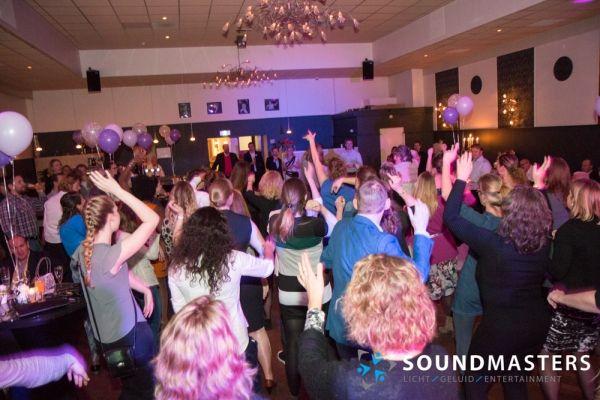 Joke & Jasmijn - www.soundmasters.nl-4