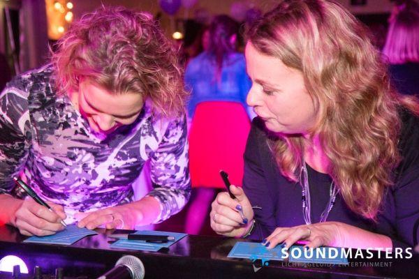 Joke & Jasmijn - www.soundmasters.nl-44