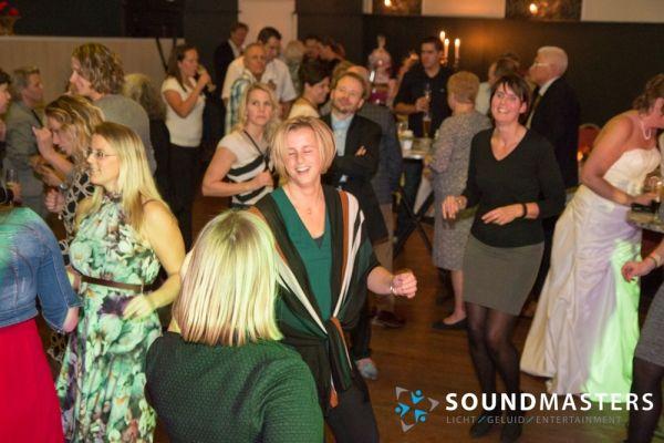 Joke & Jasmijn - www.soundmasters.nl-51