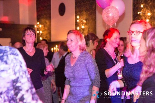 Joke & Jasmijn - www.soundmasters.nl-52
