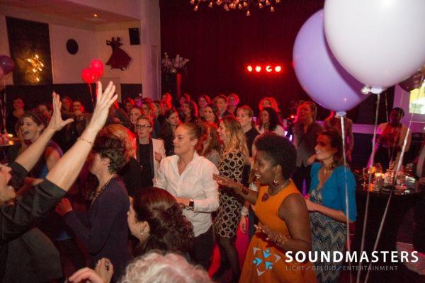 Joke & Jasmijn - www.soundmasters.nl-6