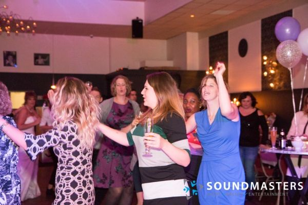 Joke & Jasmijn - www.soundmasters.nl-60