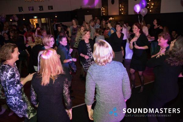 Joke & Jasmijn - www.soundmasters.nl-75