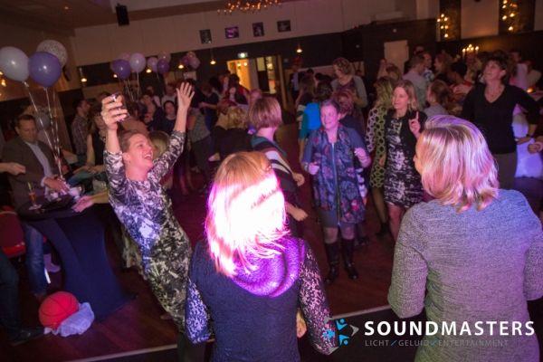 Joke & Jasmijn - www.soundmasters.nl-76