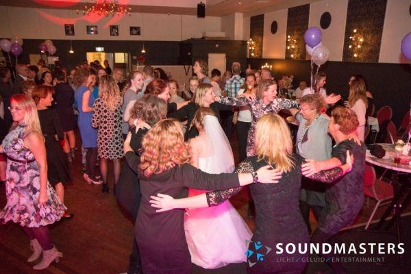 Joke & Jasmijn - www.soundmasters.nl-90