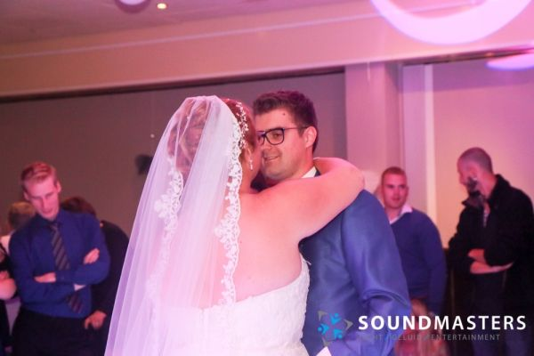 Pascal & Chantal - www.soundmasters.nl (342 van 297)