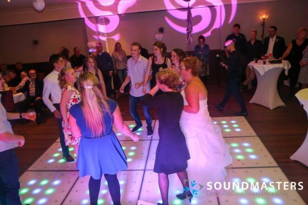 Pascal & Chantal - www.soundmasters.nl (365 van 297)