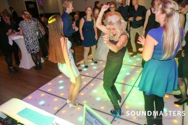 Pascal & Chantal - www.soundmasters.nl (371 van 297)