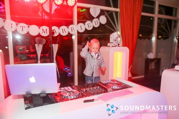 Pascal & Chantal - www.soundmasters.nl (406 van 297)