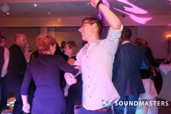 Pascal & Chantal - www.soundmasters.nl (415 van 297)