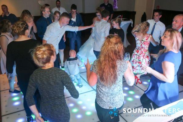 Pascal & Chantal - www.soundmasters.nl (447 van 297)