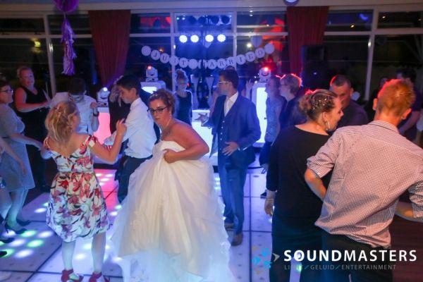 Pascal & Chantal - www.soundmasters.nl (473 van 297)