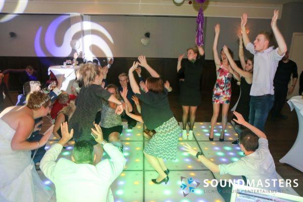Pascal & Chantal - www.soundmasters.nl (525 van 297)