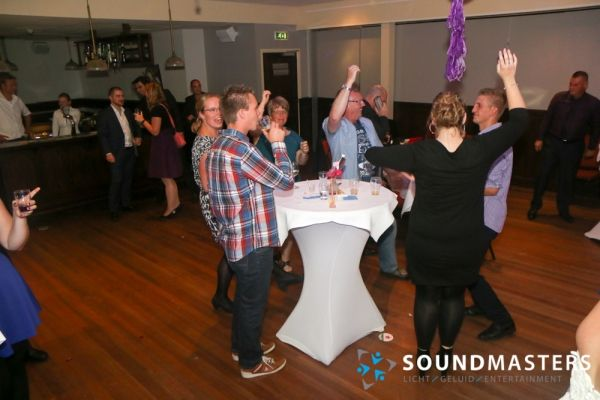 Pascal & Chantal - www.soundmasters.nl (528 van 297)